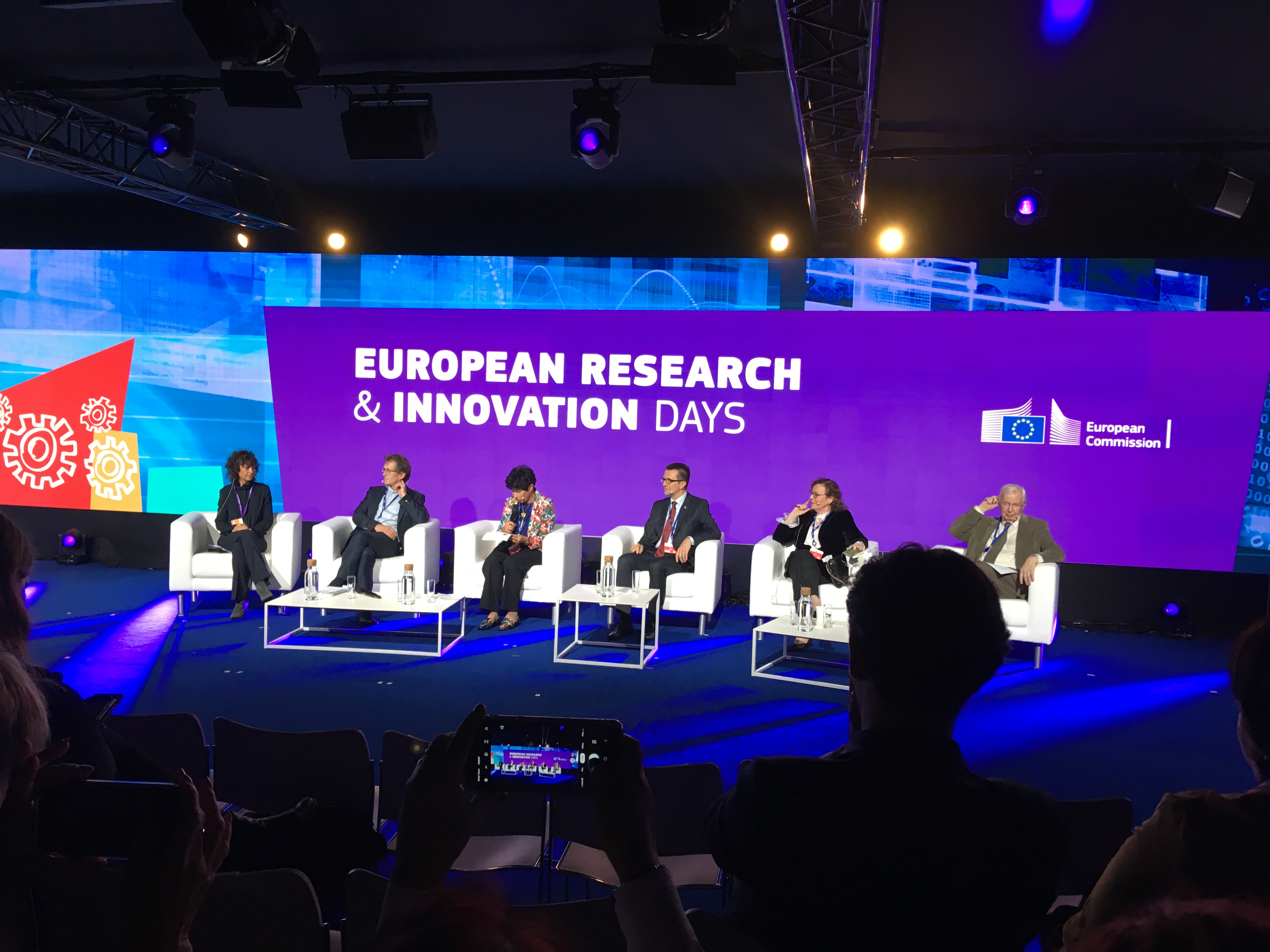 Prof Nowotny moderating the conversation with Nobel and Kavli PRIZE Laureates: Is blue-sky science sparking innovation, 26 September 2019
